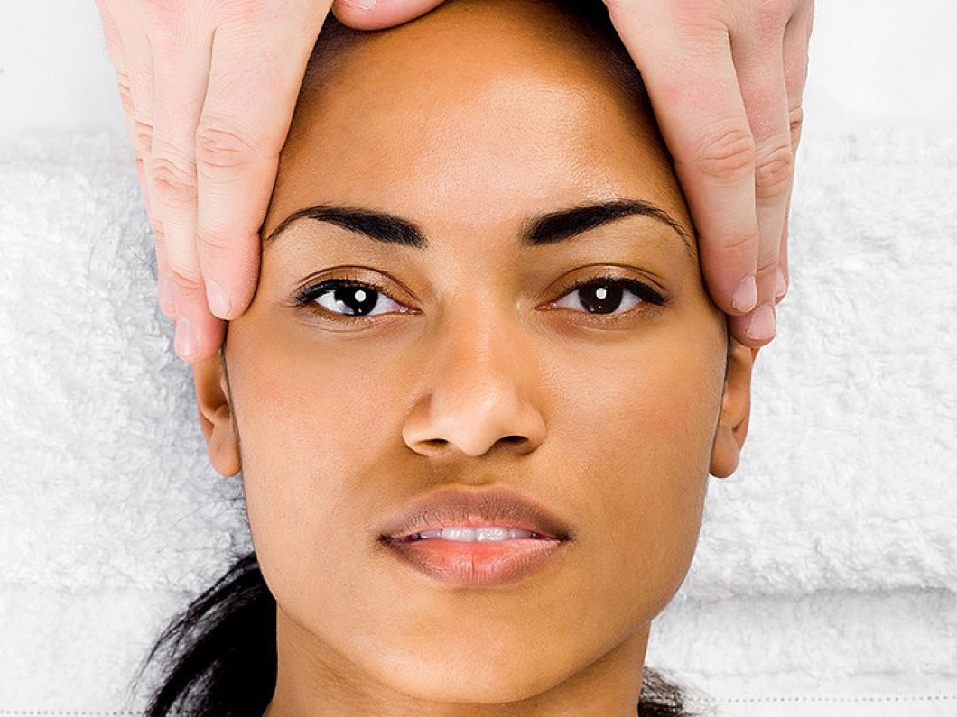 Chemical Peels/Enzyme Lifts